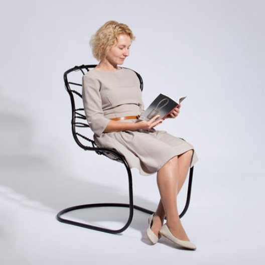 chair_woman_3